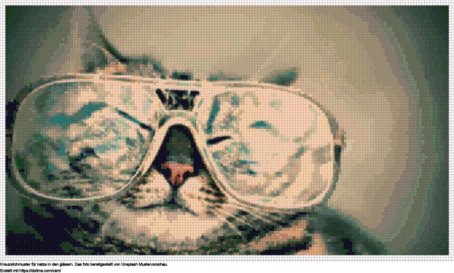 FreieKatze in den Gläsern Kreuzstich-Design