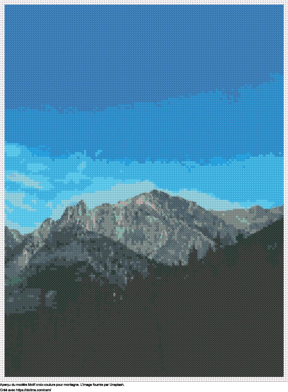 Motif de point de croix Montagne gratuit