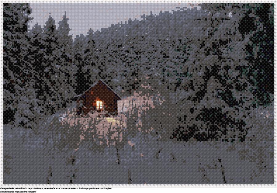 Cabaña en el bosque de invierno